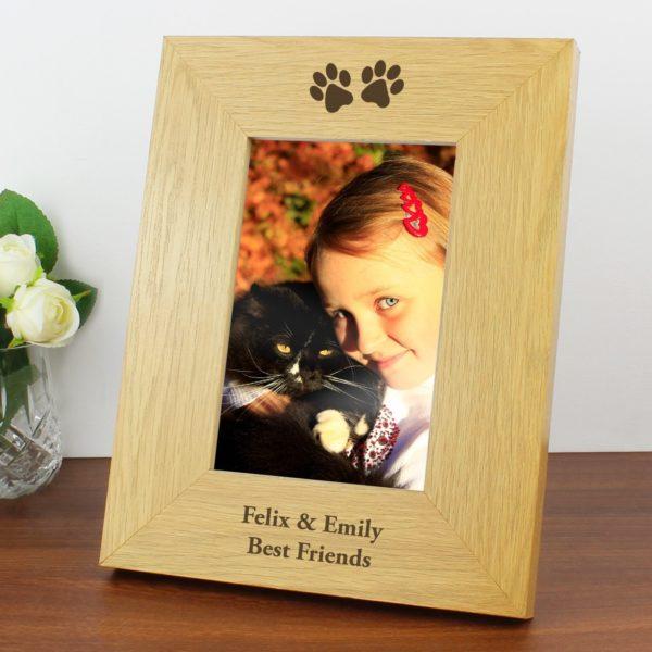 Oak Finish 4x6 Paw Prints Photo Frame