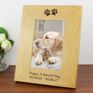 Oak Finish 4x6 Paw Prints Photo Frame